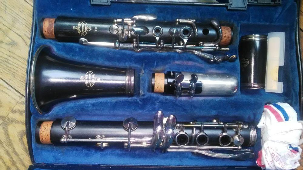 clarinette de fabrication française 380 Grenoble (38)
