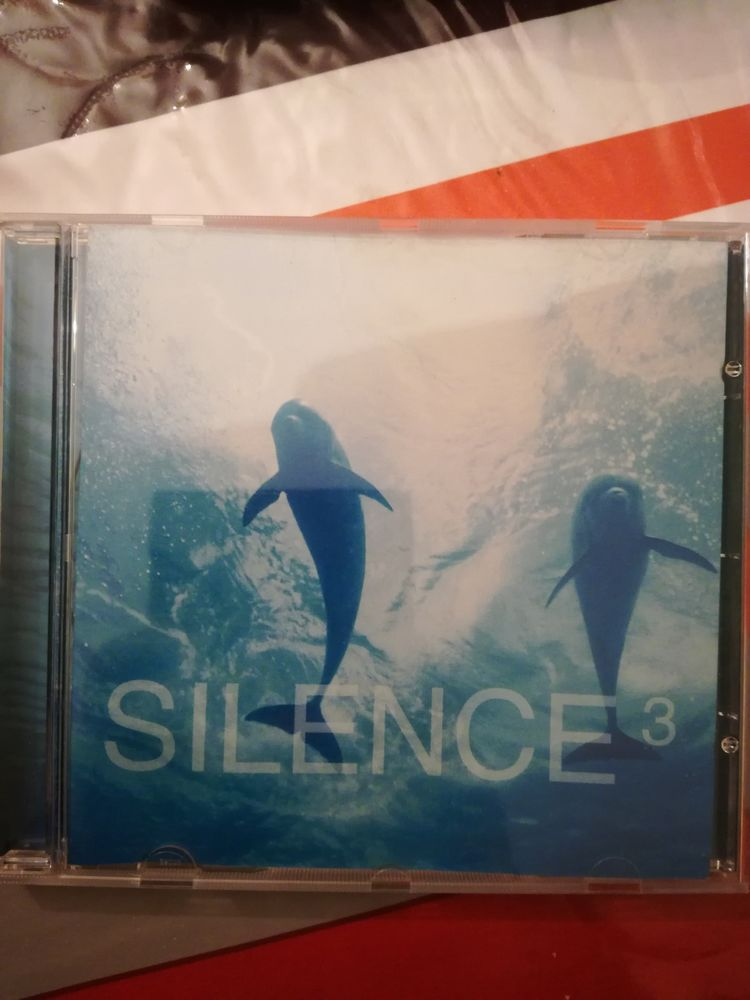 CD classique  Silence  Volume 3 2 Chilly-Mazarin (91)