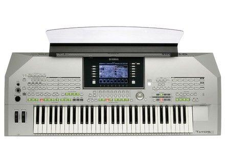 clavier arrangeur Tyros 2 Yamaha 900 Saint-Laurent-la-Vernède (30)