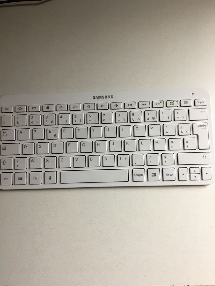 Clavier Bluetooth Samsung 60 Arras (62)