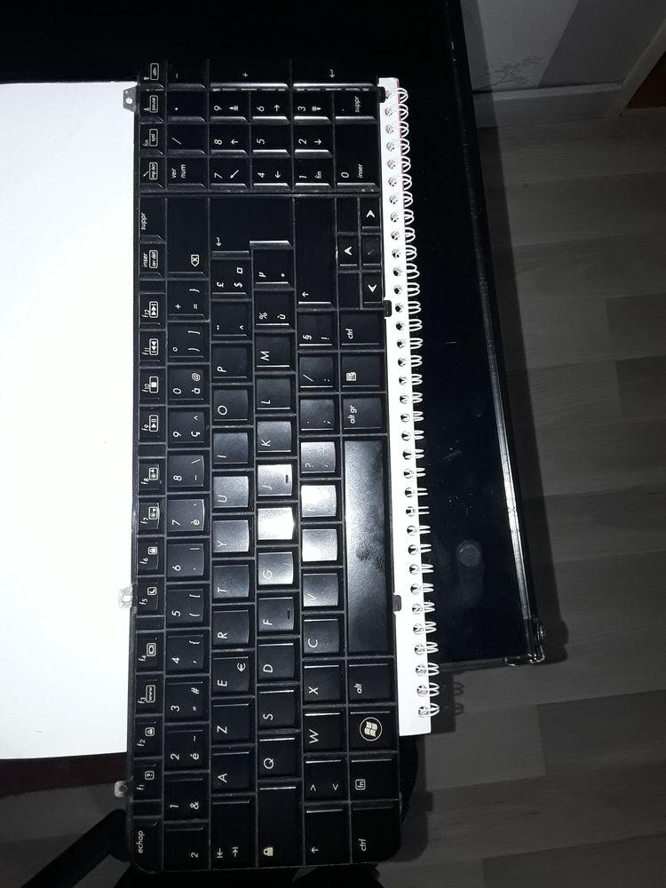 CLAVIER PC PORTABLE 15 Serres-Castet (64)