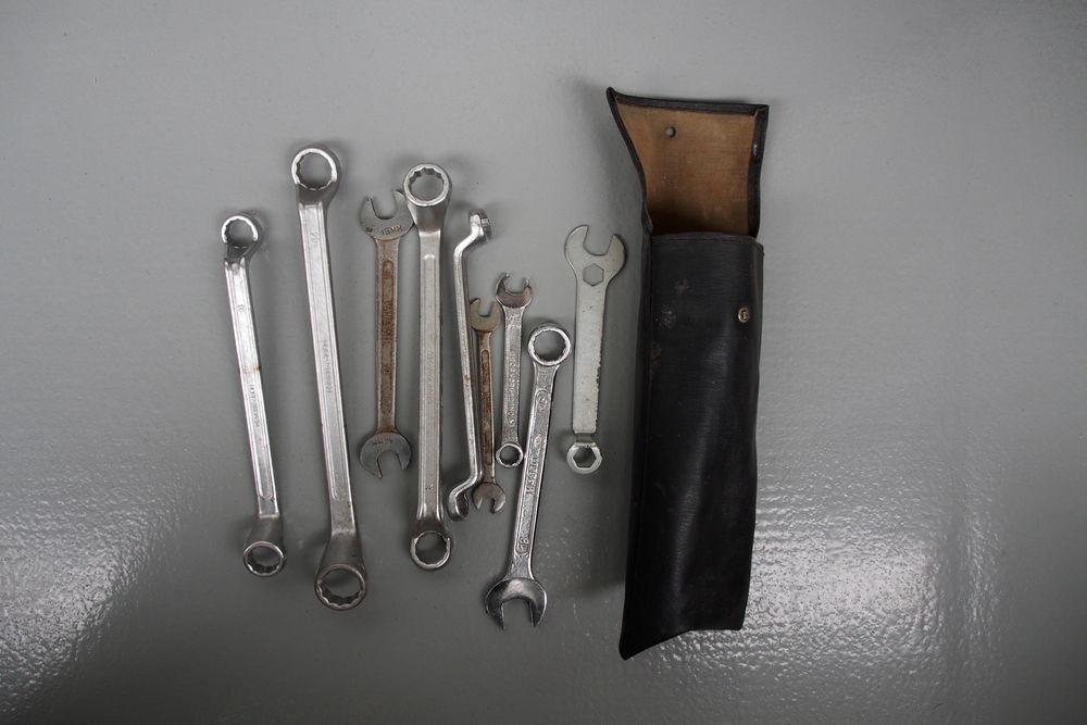 clés diverses et pochette Bricolage