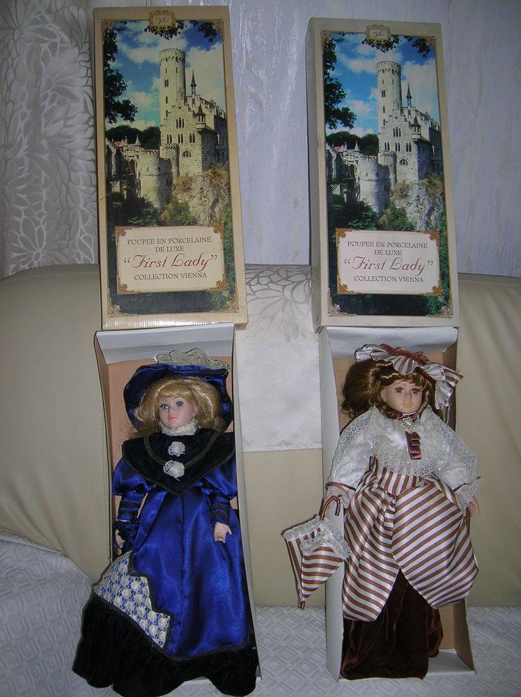 3 clowns, 2 musicales+ 2 poupées porcelaine 44 Reims (51)