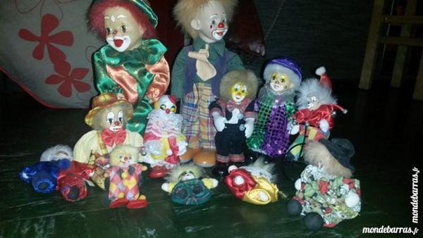 lot de clowns 15 Villemomble (93)