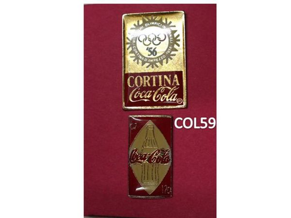 2 Pin's: COCA COLA 3 Mons-en-Barœul (59)