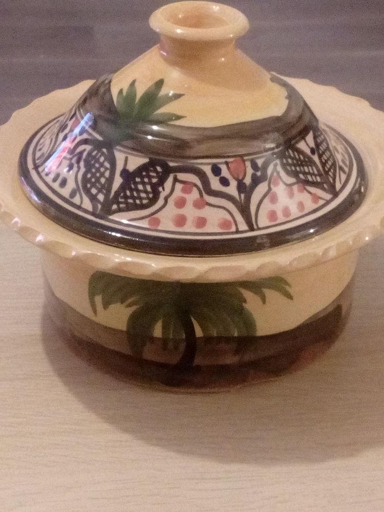 Cocotte de table orientale Electroménager