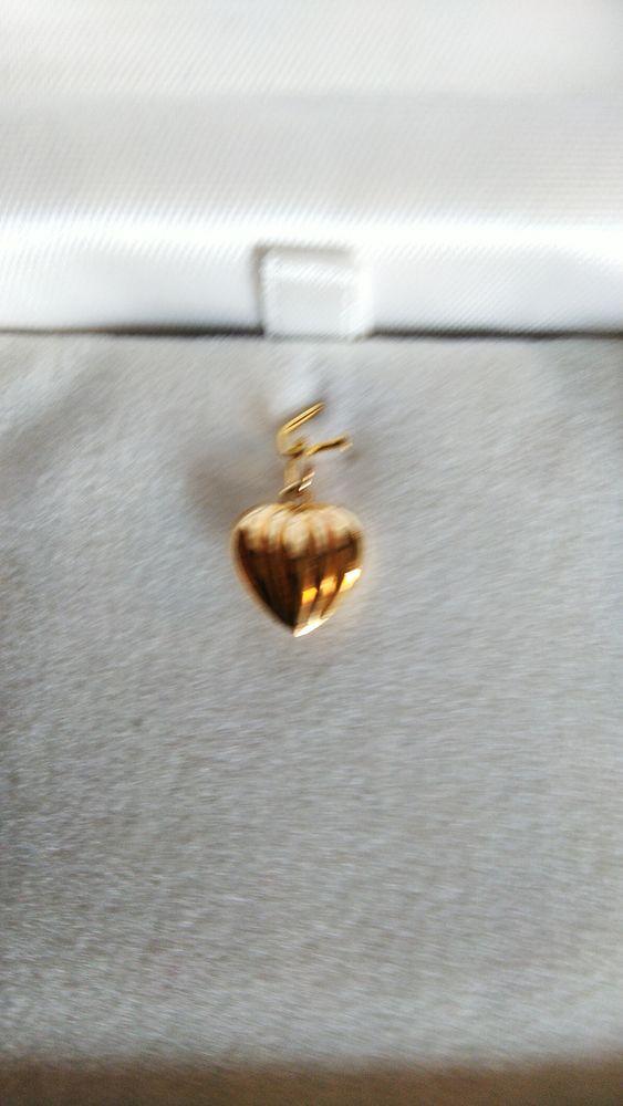 Coeur or jaune 18 Carats Neuf jamais porté avec son écrin 58 Ghyvelde (59)