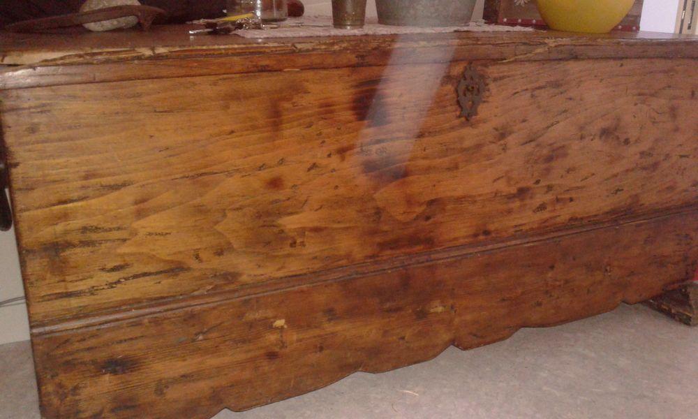 achetez coffre en bois occasion annonce vente wattrelos. Black Bedroom Furniture Sets. Home Design Ideas