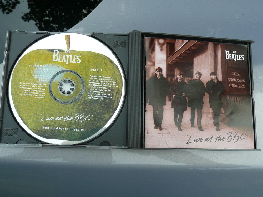 Coffret de 2 x CD The Beatles 13 Bordeaux (33)