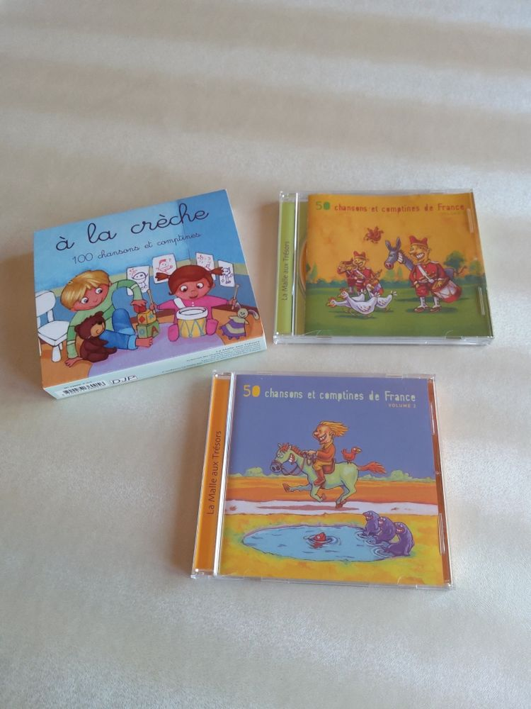1 coffret de 2 CD de 100 chansons et comptines pour enfants à la crèche 6 Ostricourt (59)