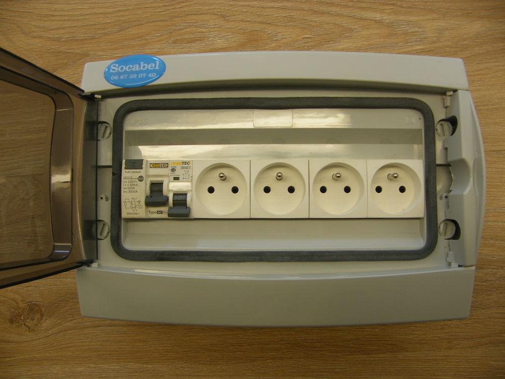 coffret électrique étanche 79 Domérat (03)