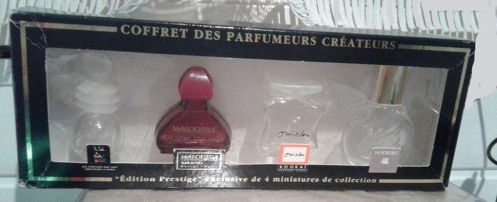 Coffret flacons vides pour collection 6 Saint-Jean-du-Cardonnay (76)