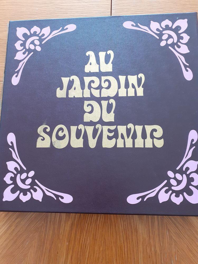Coffret: Au jardin du souvenir 25 Mandelieu-la-Napoule (06)