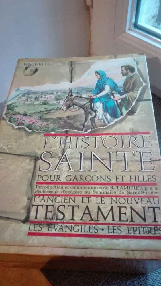 coffret de six livres 15 Saint-Sauveur-en-Puisaye (89)