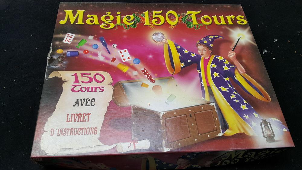 Coffret magie + 150 jeux de société 0 Condat-sur-Vienne (87)