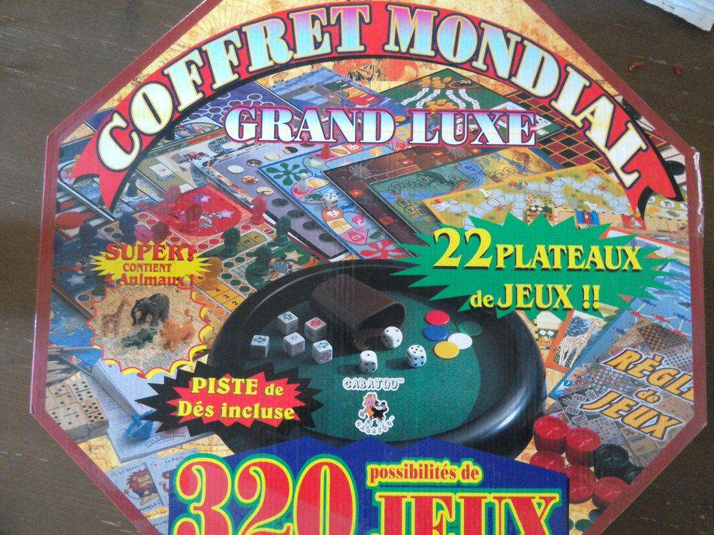 Coffret Mondial de luxe 17 Toulon (83)