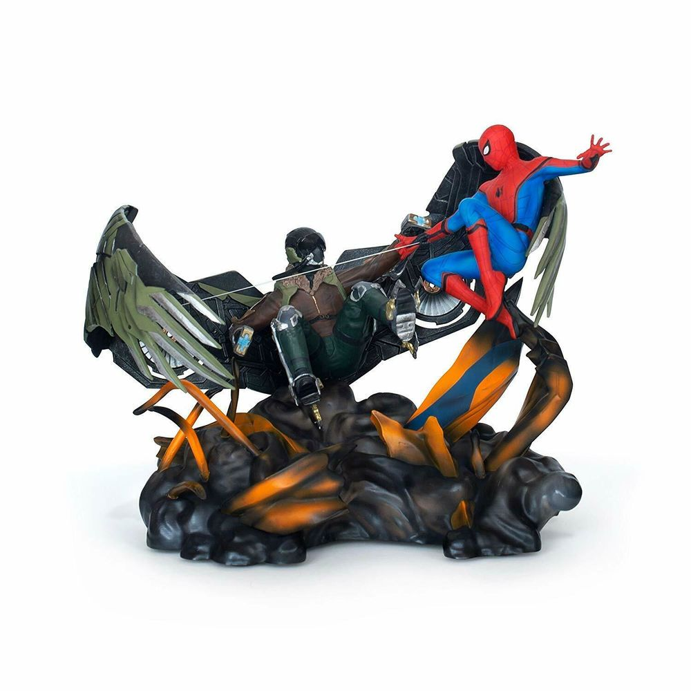 Coffret ultimate Spider-man Homecoming avec figurine neuf 150 Bourghelles (59)