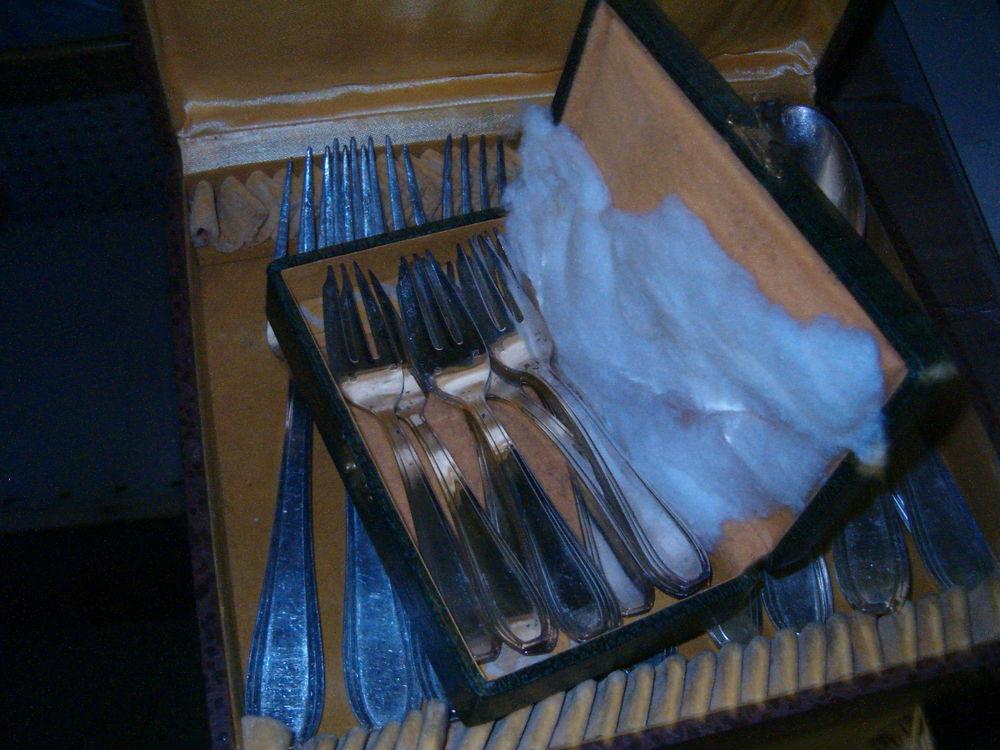 3 Coffrets de 40 couverts en métal argenté - TBE Cuisine