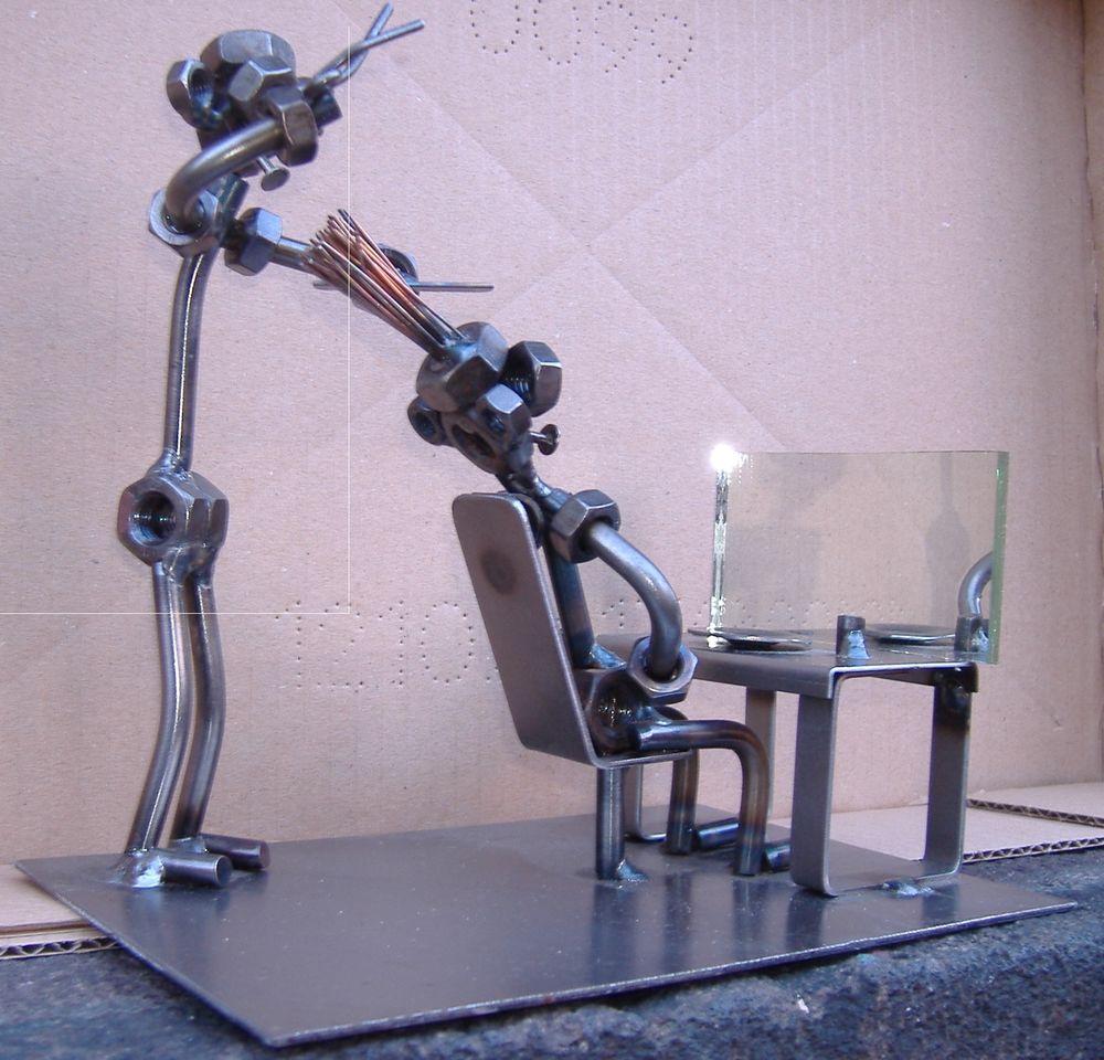 COIFFEUR : Figurine de style Hinz ou Kunst 40 Clermont-Ferrand (63)