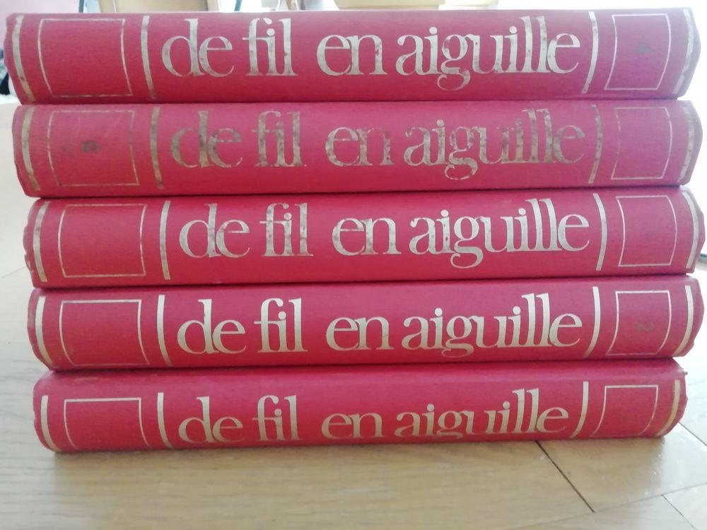 Collection  De fil en aiguille  10 Saint-Agnant (17)