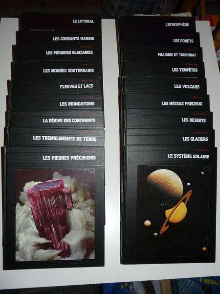 Collection complète  La Terre  (Time Life) 50 Grignan (26)