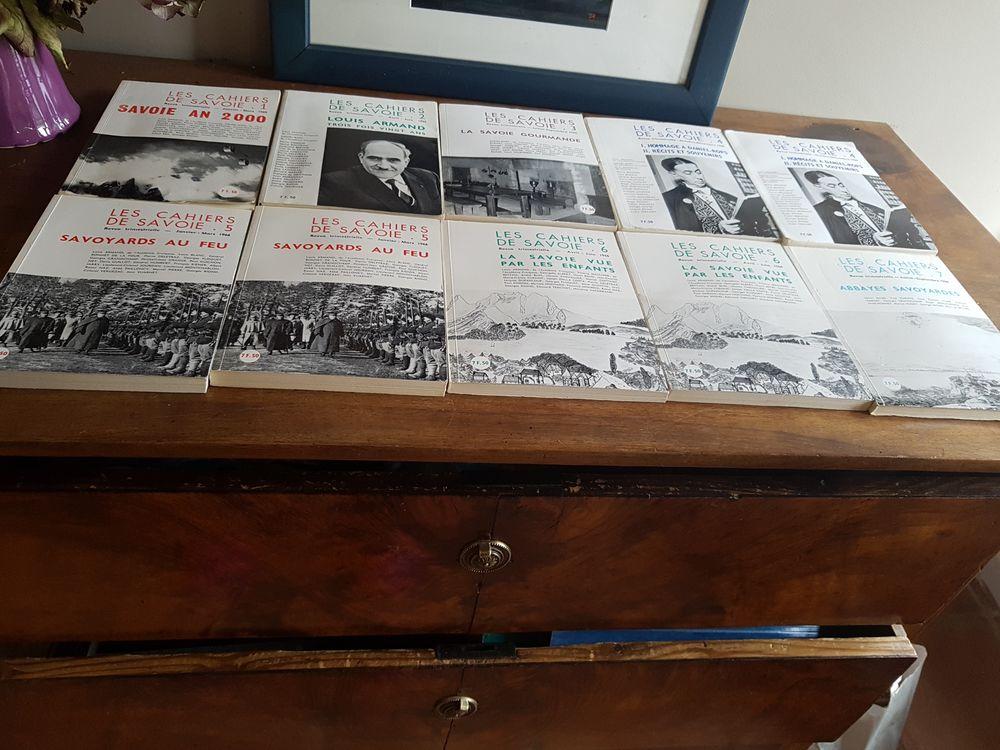 Collection complète des 10 tomes des Cahiers de Savoie 50 Mouxy (73)