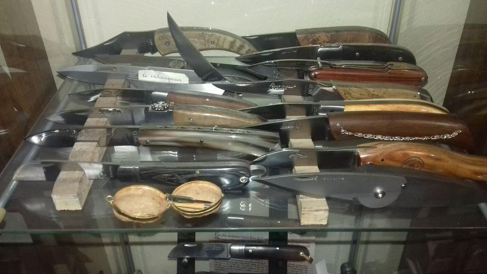 Collection de couteaux régionaux 8500 Auvernaux (91)