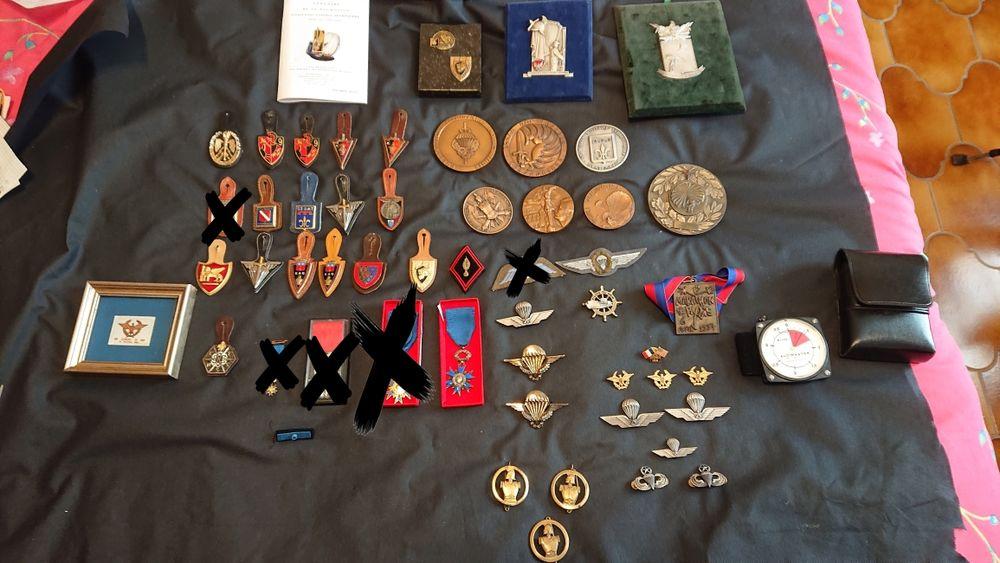 Collection militaire estimée au détail à 620euros 250 Carnoules (83)