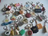 Collection de porte-clefs années 60/70 350 Erquy (22)