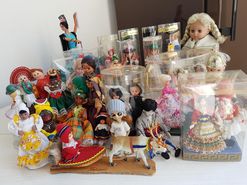 Collection de poupées faites à la main 700 Créteil (94)
