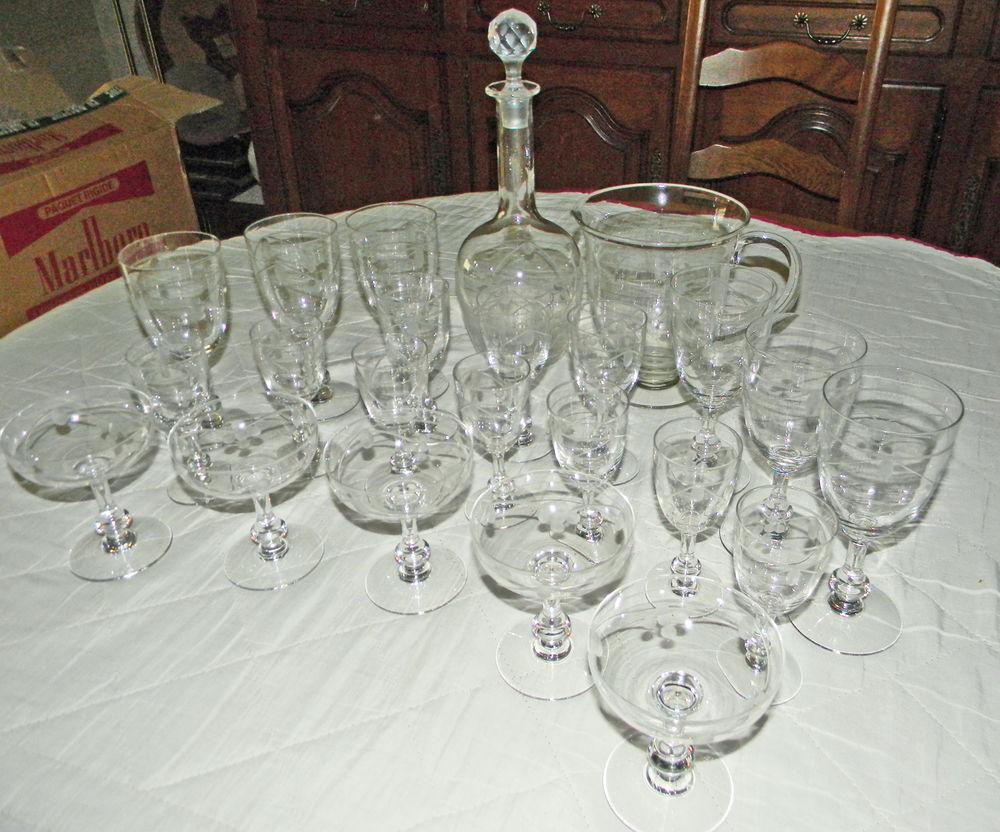 Collection de verres en cristal 120 Lagny-sur-Marne (77)