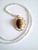 Collier avec pendentif et sa pierre gemme 15 Nancy (54)
