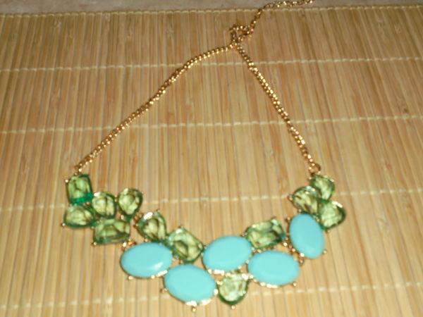 collier bleu gros diamants 15 Nancy (54)
