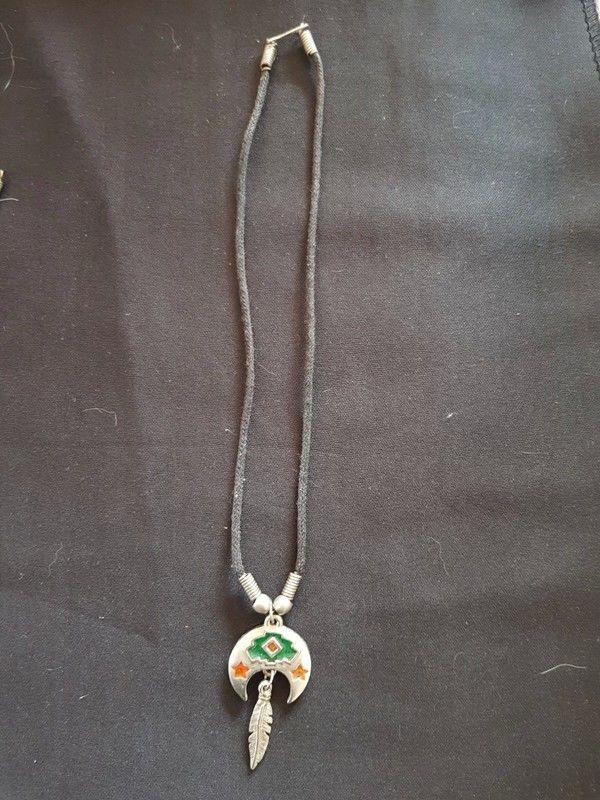 Collier cordon coton tres bon etat motif indien 40 cm 3 e 3 Viriat (01)