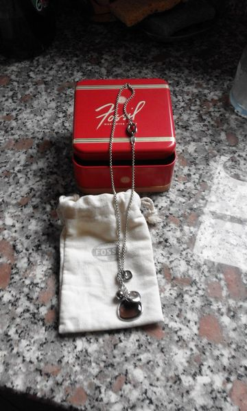 COLLIER FOSSIL 25 Thionville (57)