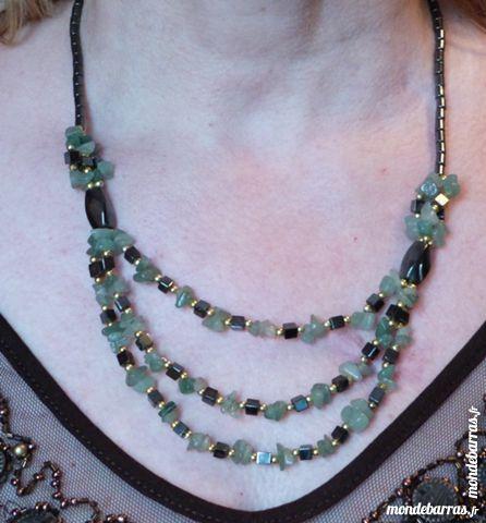 Collier en jade et hematite 50 cm, fermoir à vis 15 Écuisses (71)