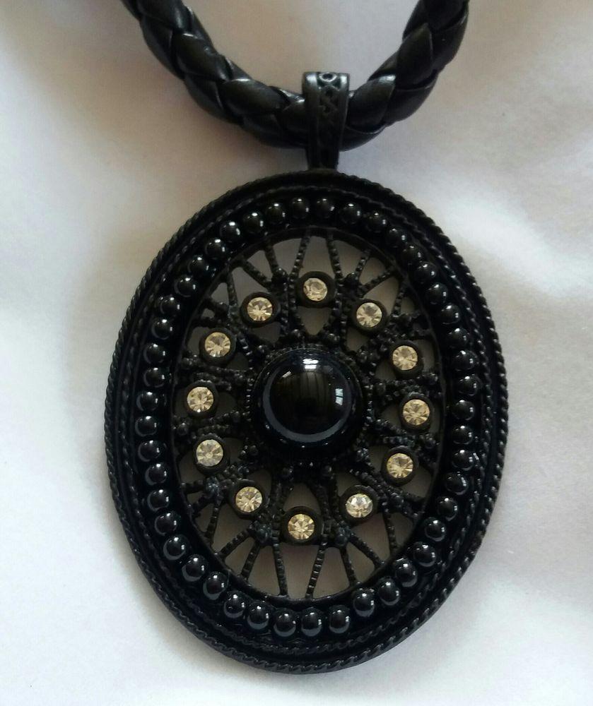 Collier ras de cou pendentif médaillon noir strass - perles  3 Domart-en-Ponthieu (80)