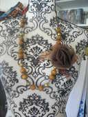 COLLIER perle en bois et perles dorées opaque et rose tissus 4 Lyon 5 (69)