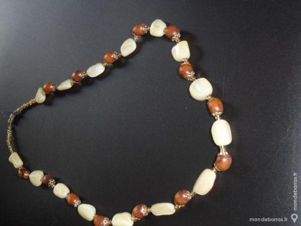 collier perles marron et crème 2 Gidy (45)