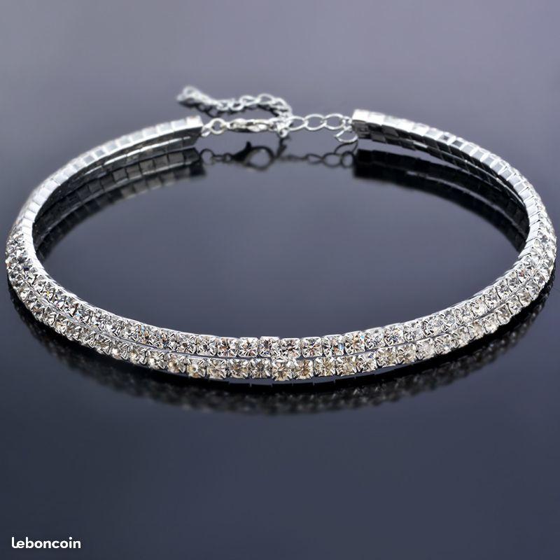 1 Collier Réglable Strass Argenté Fermoir Mousquet Bijoux et montres