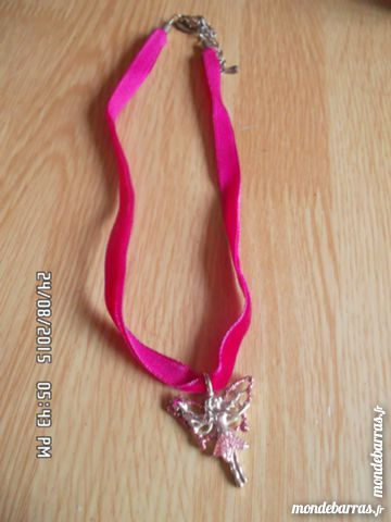 COLLIER ROSE FEE 1 Chambly (60)