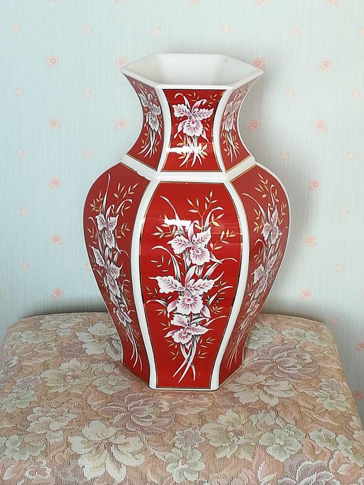 colonne en albatre  et un vase  40 Muret (31)