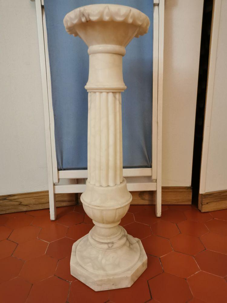 Colonne en marbre Meubles