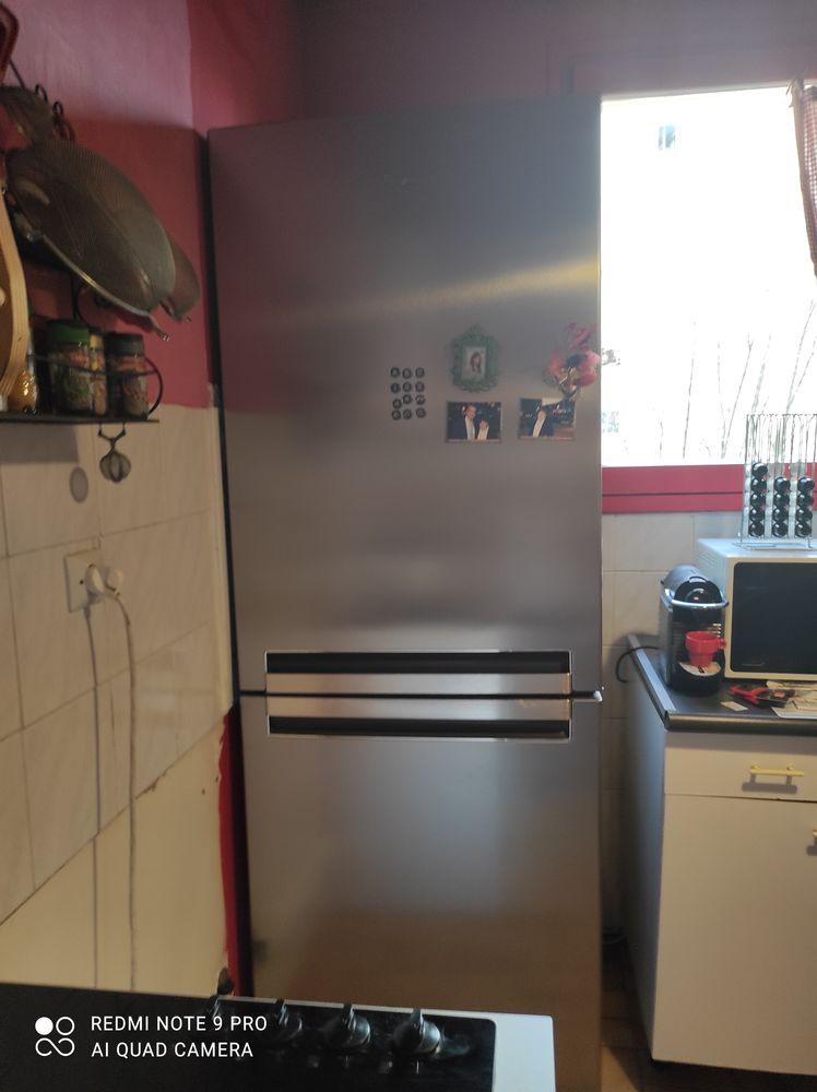 Combi frigidaire congélateur   320 Maisons-Alfort (94)