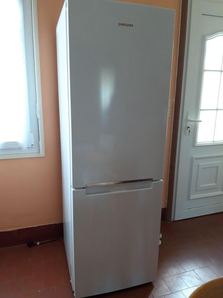 Combi réfrigérateur/congélateur  300 Saint-Martin-de-Fontenay (14)