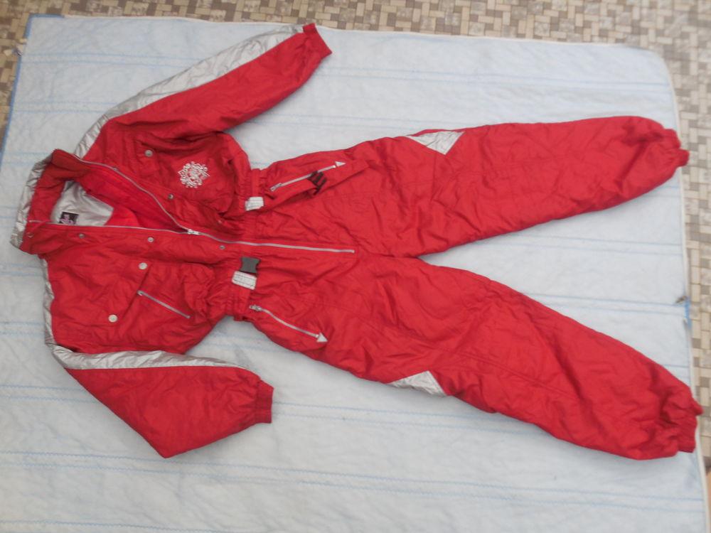 combinaison de ski    taille 50  de marque  excuse 28 Pontault-Combault (77)
