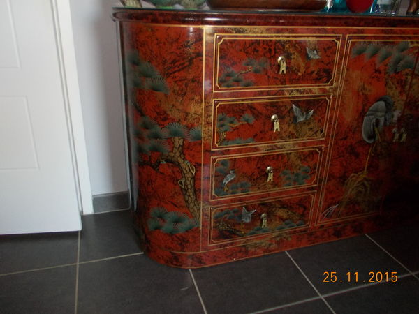 commode chinoise laquée 250 Le Muy (83)