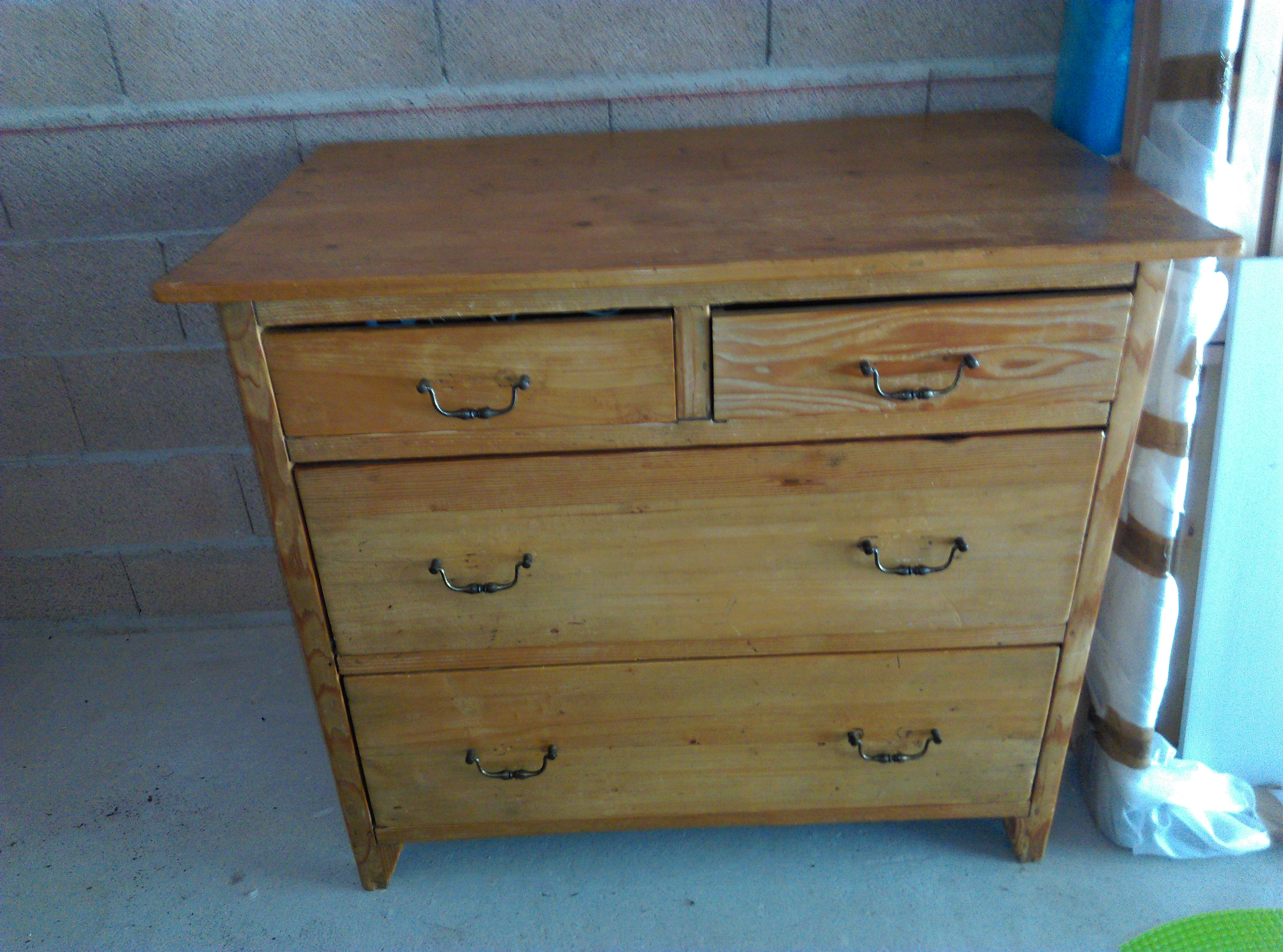 Commode debut 1900 120 Hyères (83)