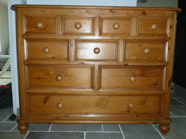 commodes pin occasion bordeaux 33 annonces achat et vente de commodes pin paruvendu. Black Bedroom Furniture Sets. Home Design Ideas