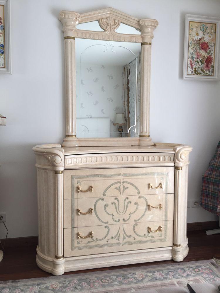 commode pour chambre avec miroir. 150 Paris 16 (75)